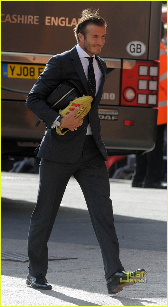 david-beckham-suit-soccer-game-02