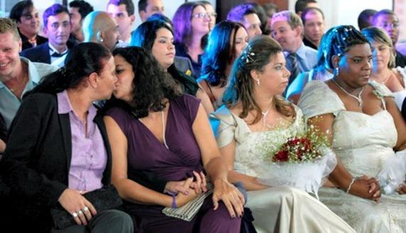 BRAZIL-GAY-COLLECTIVE-WEDDING